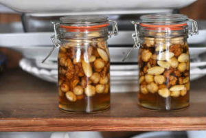 Грецкие орехи с медом польза и вред